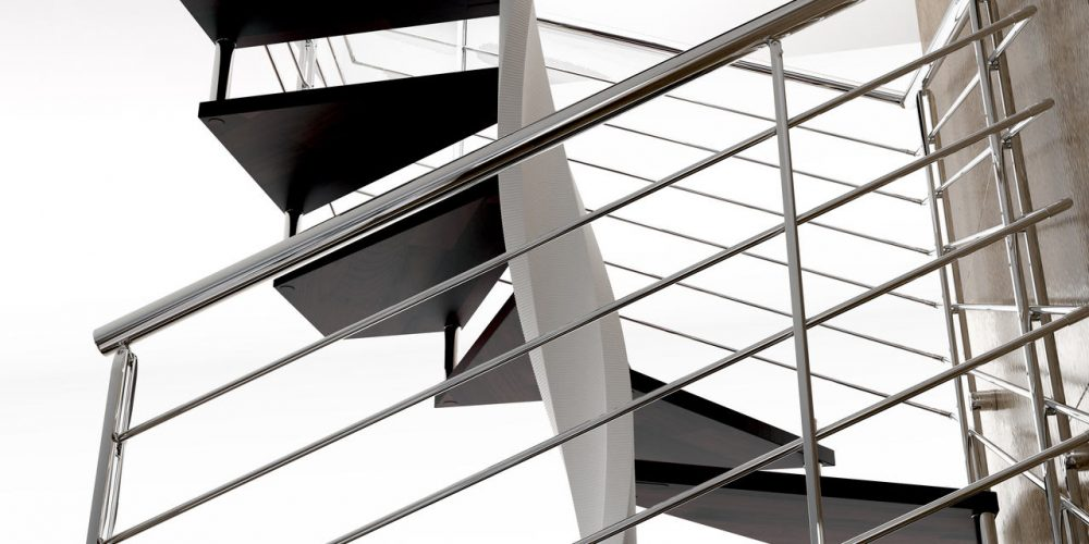 Spiral Staircase Jamar Tendillar Q, Steel Helical Structure, Stainless steel JR5 Railing.